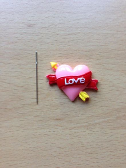 Heart - Love with Arrow Needle Minder